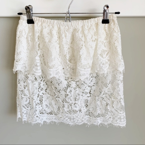Aritzia Wilfred white lace strapless tube top XS